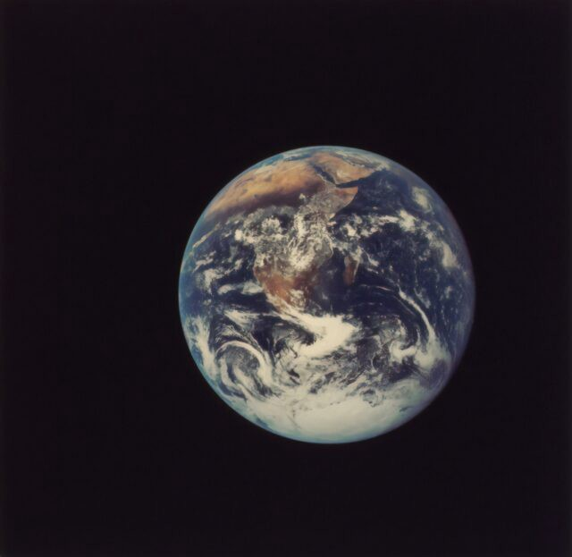 Changes in Earth's orbit enabled the emergence of complex life