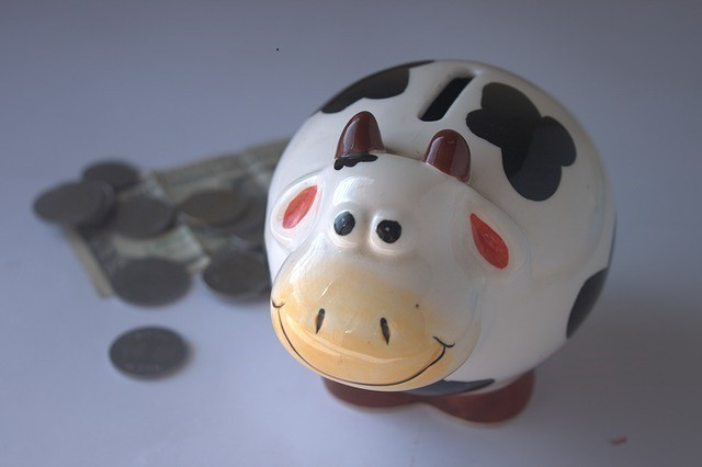china piggy bank—How can I improve my retirement income?