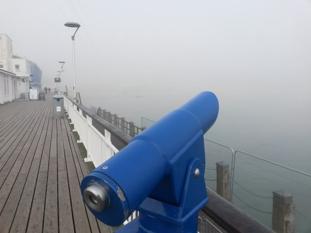 Bournemouth: a telescope is useless today, Photo by Chris Downer under CC License