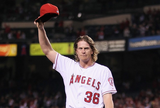 The Pain of Watching Jered Weaver | by Allan Aguirre | SportsRaid | Medium