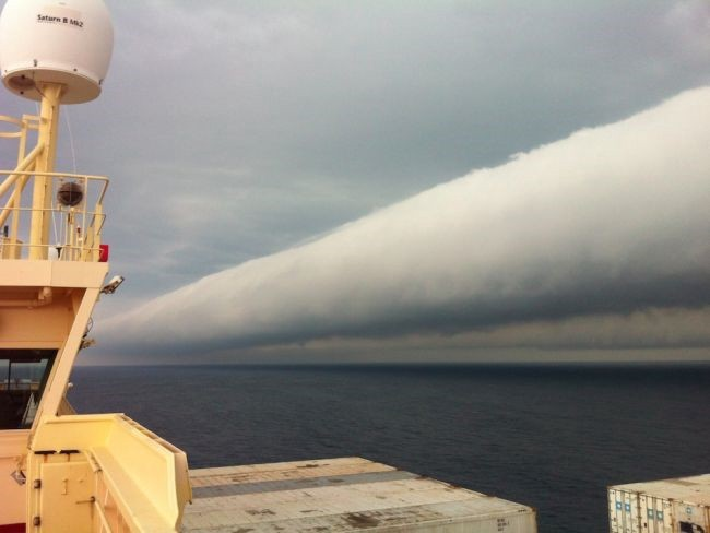Roll Cloud Image by Capt Andreas van der Wurff off the coast of Brazil