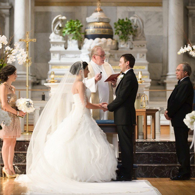 Catholic Wedding Traditions.Catholic Wedding Have A Strict Concept Of Customs And Rituals