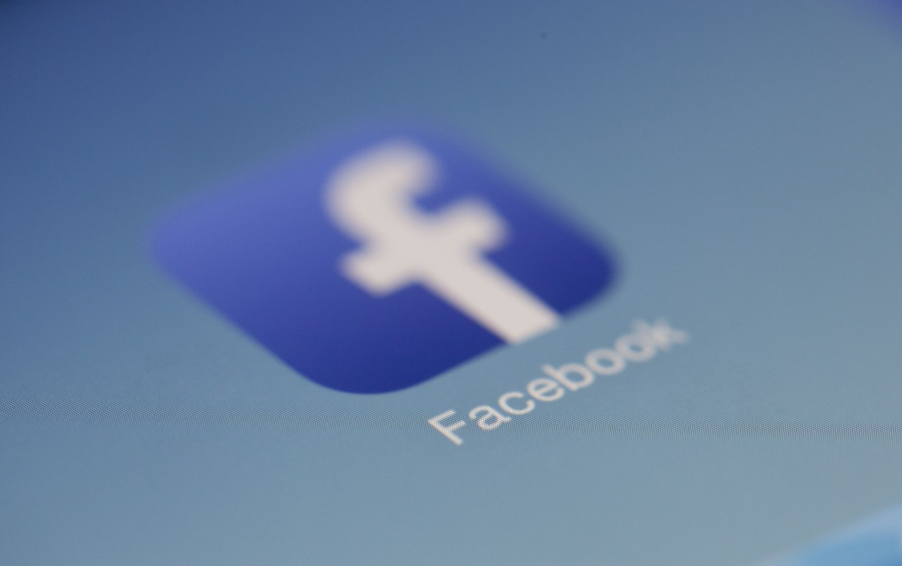 How to Integrate the iOS Facebook SDK in Swift 5 - Better