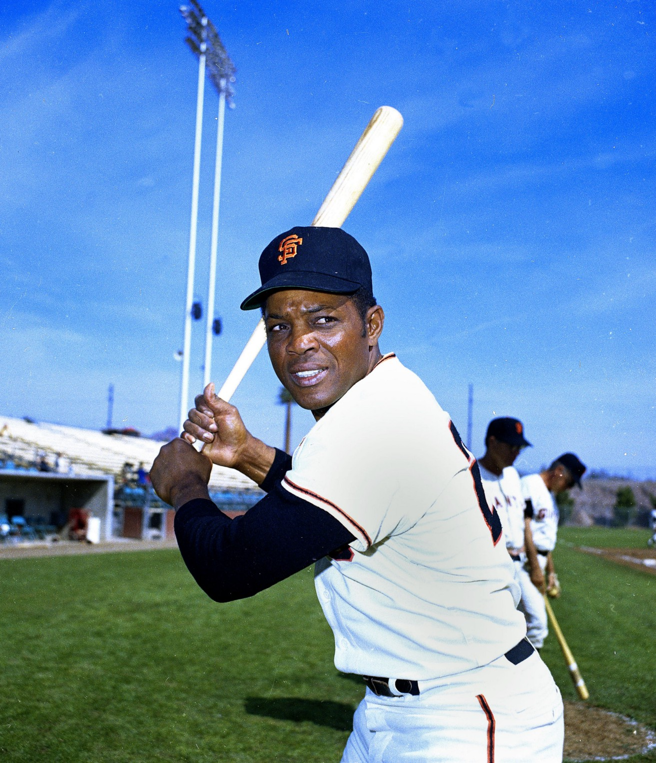 2f4bb91ac7c868 How My Terrible College Wardrobe Got Me A Bat Used By Willie Mays