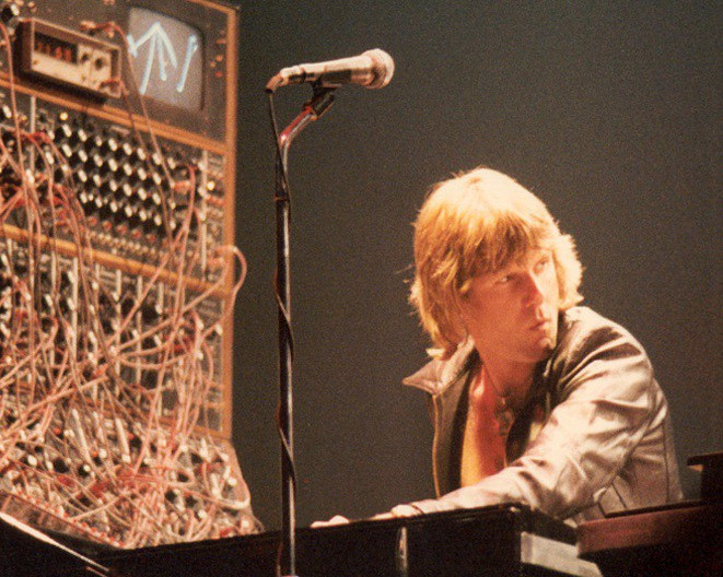 Keith Emerson gigging with a Moog