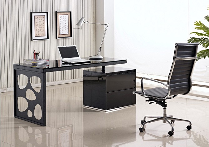 Fantastic Top 10 Creative Office Desks Of 2015 Betty Moore Medium Onthecornerstone Fun Painted Chair Ideas Images Onthecornerstoneorg