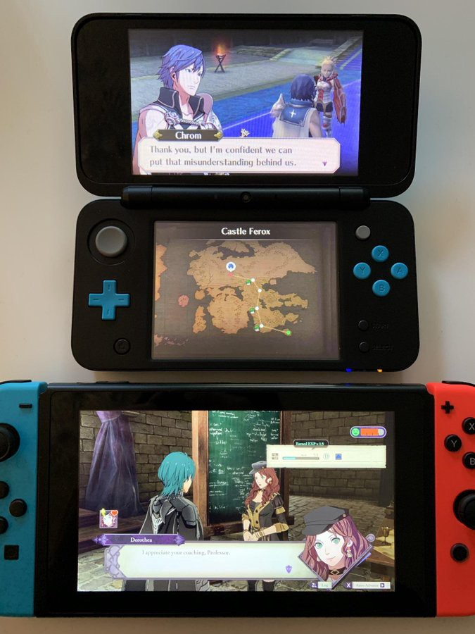 Fire Emblem: Three Houses side by side with Fire Emblem: Awakening. The text in Three Houses is half the size.