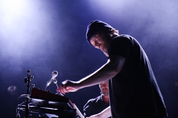 John Grant on the synthesizier