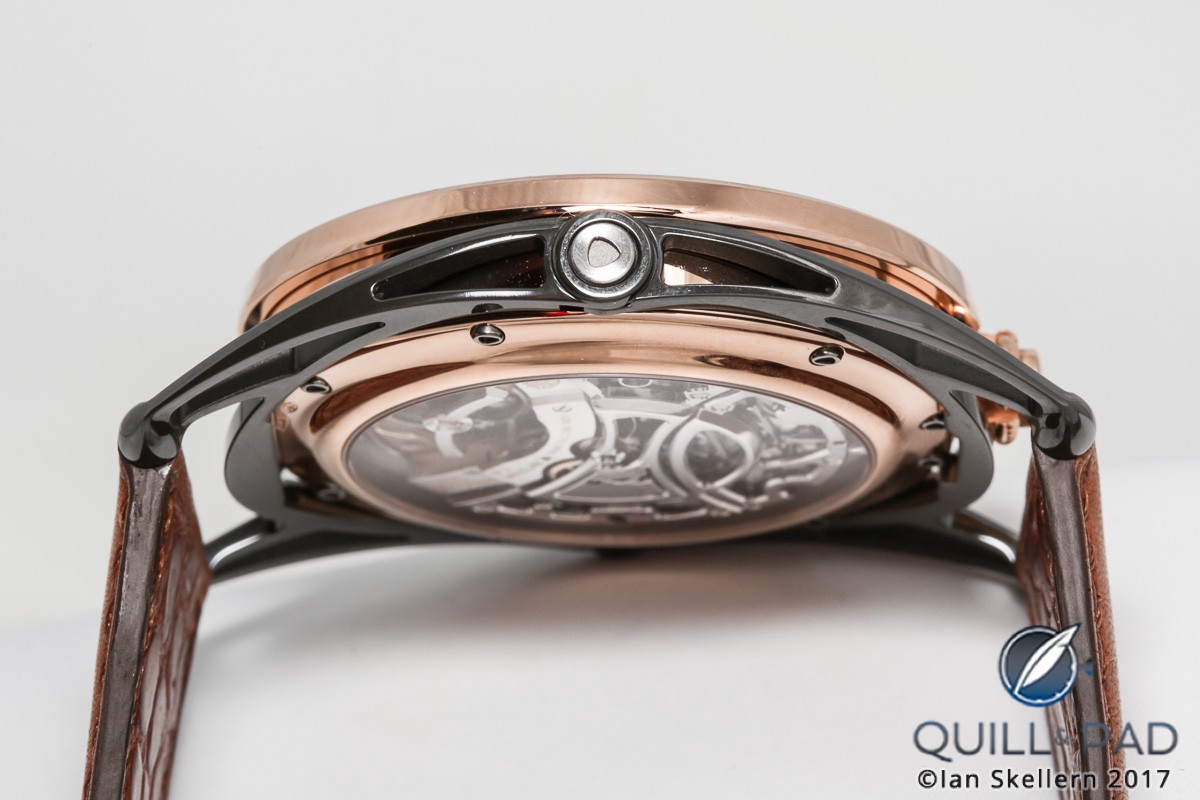 The floating lugs of the De Bethune DB28 case ensure that WMMT's custom De Bethune DB28 Maxichrono is very comfortable to wear
