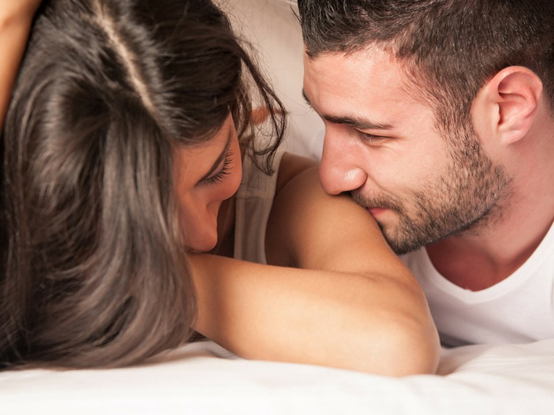 19 Things A Real Man Does When He Is In A Real Relationship