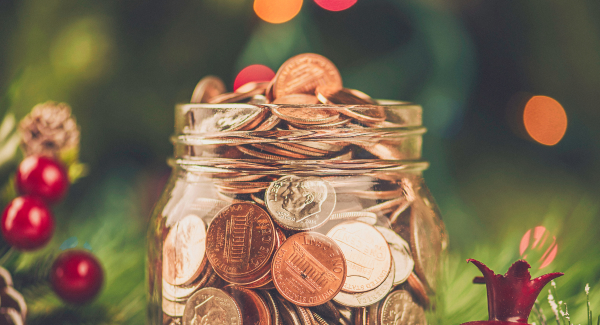 featured image—How to Plan a Virtual Holiday Fundraiser