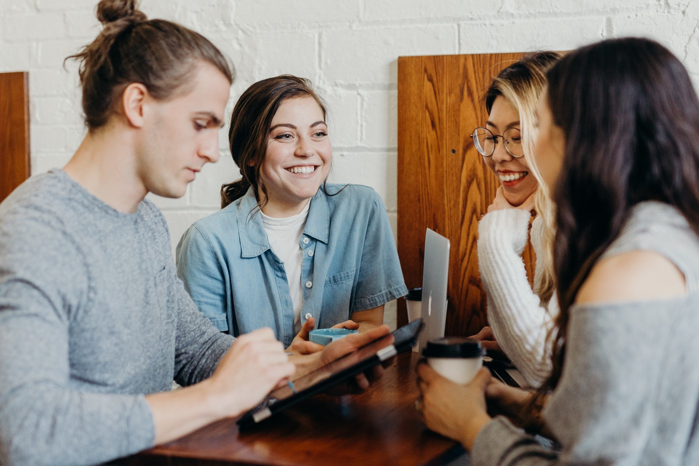 Let the Power of Networking Propel Your Business Success Never underestimate who you know, who knows you, and who can send the right business your way