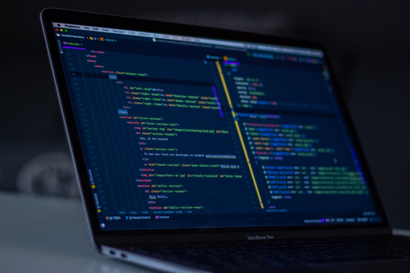 How can you become a good programmer?