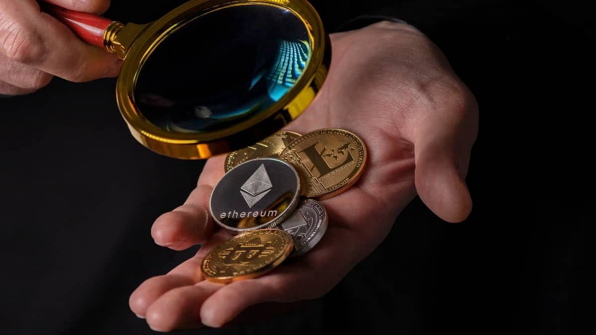 important cryptocurrencies other than bitcoin and ethereum