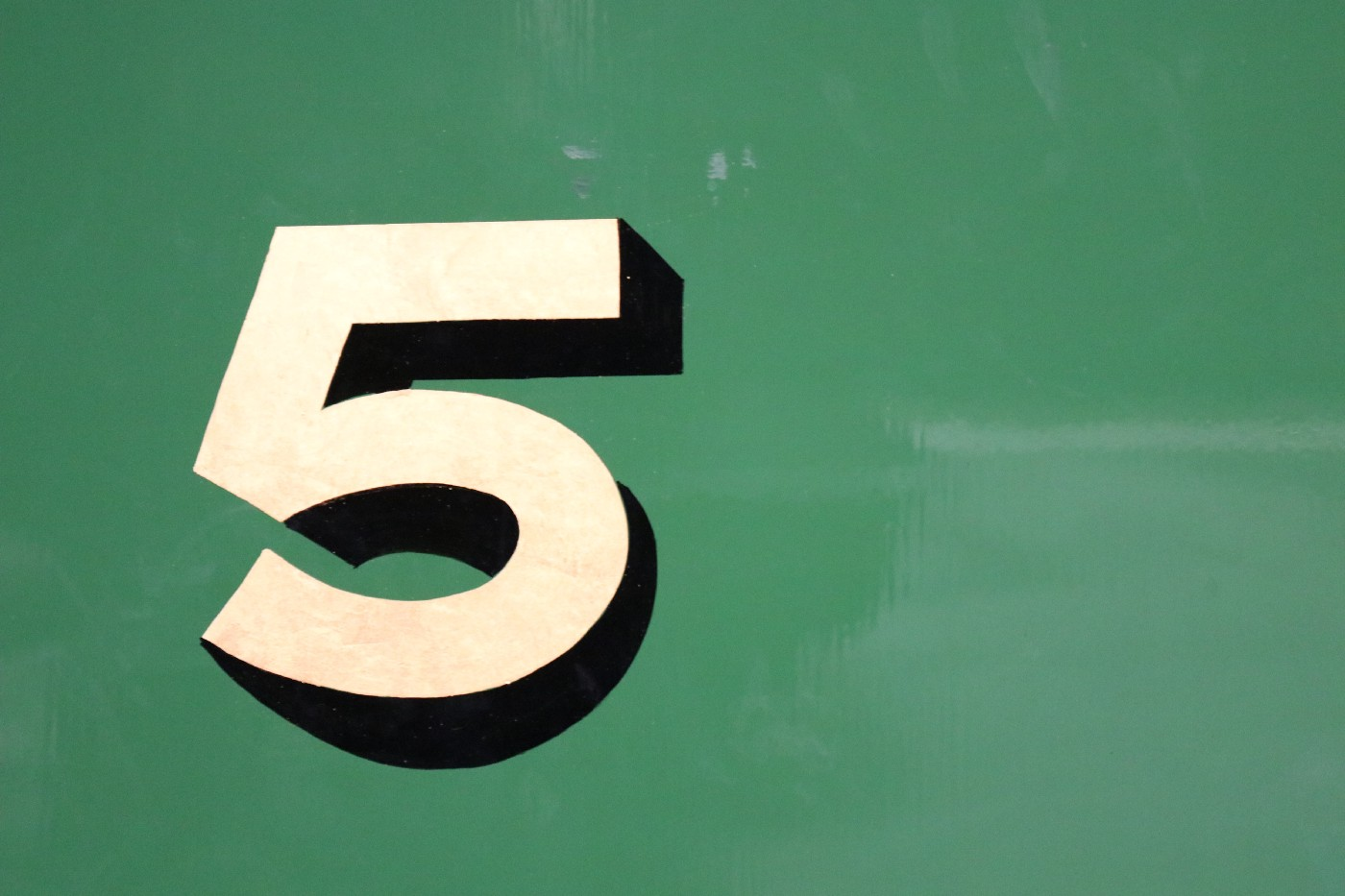 An image of the number 5