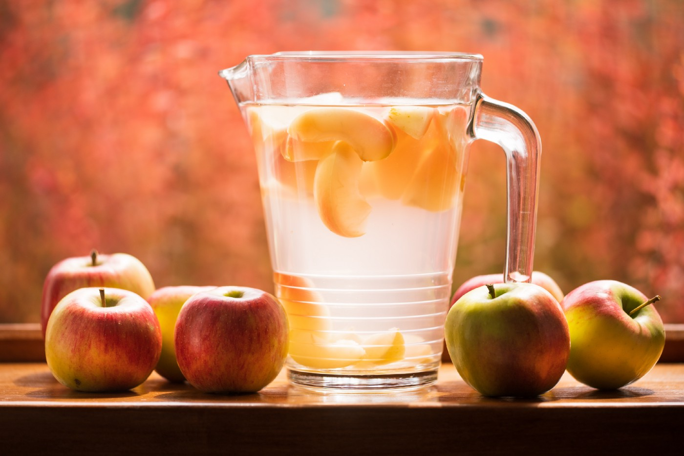 Water infused with sliced apples