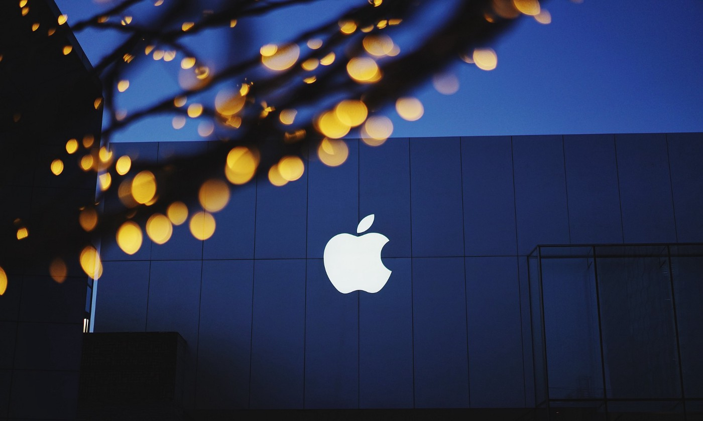 Apple Inc.'s (NASDAQ: AAPL) Unveils Apple Watch Series 7 As Supply Chain Disruptions Affect iPhone 13 Production
