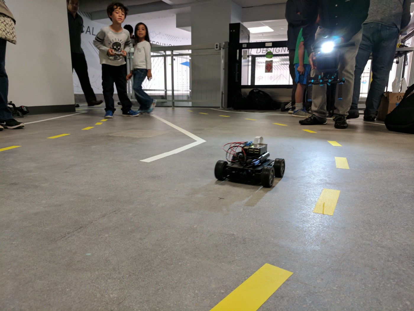 Build your own (small) Autonomous Robocar - Points of interest