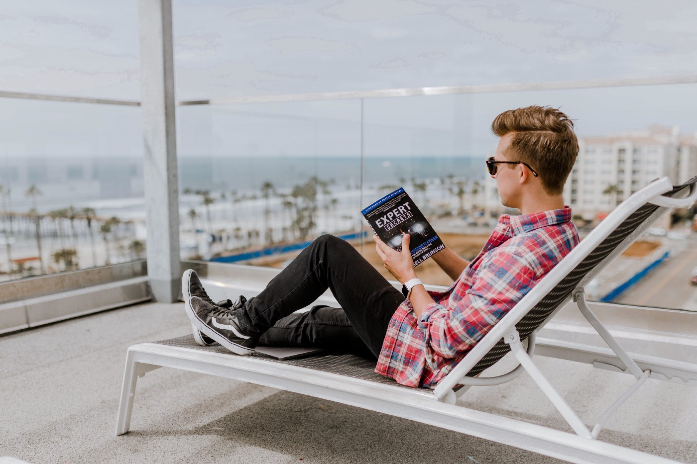 an influencer entrepreneur working from a rooftop