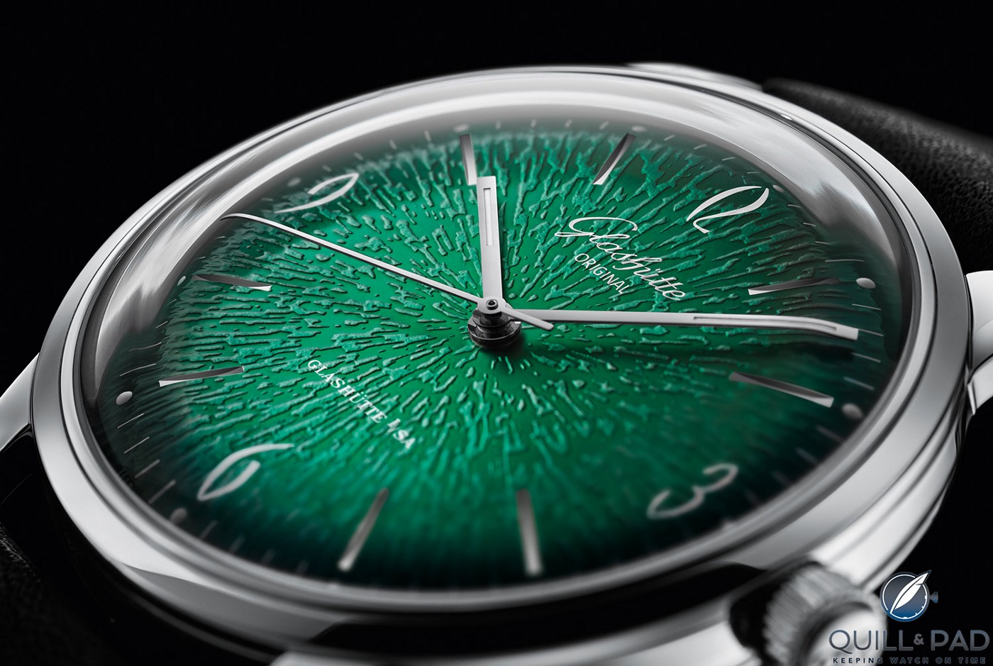 Close up look at the dial of the Glashütte Original Sixties Green
