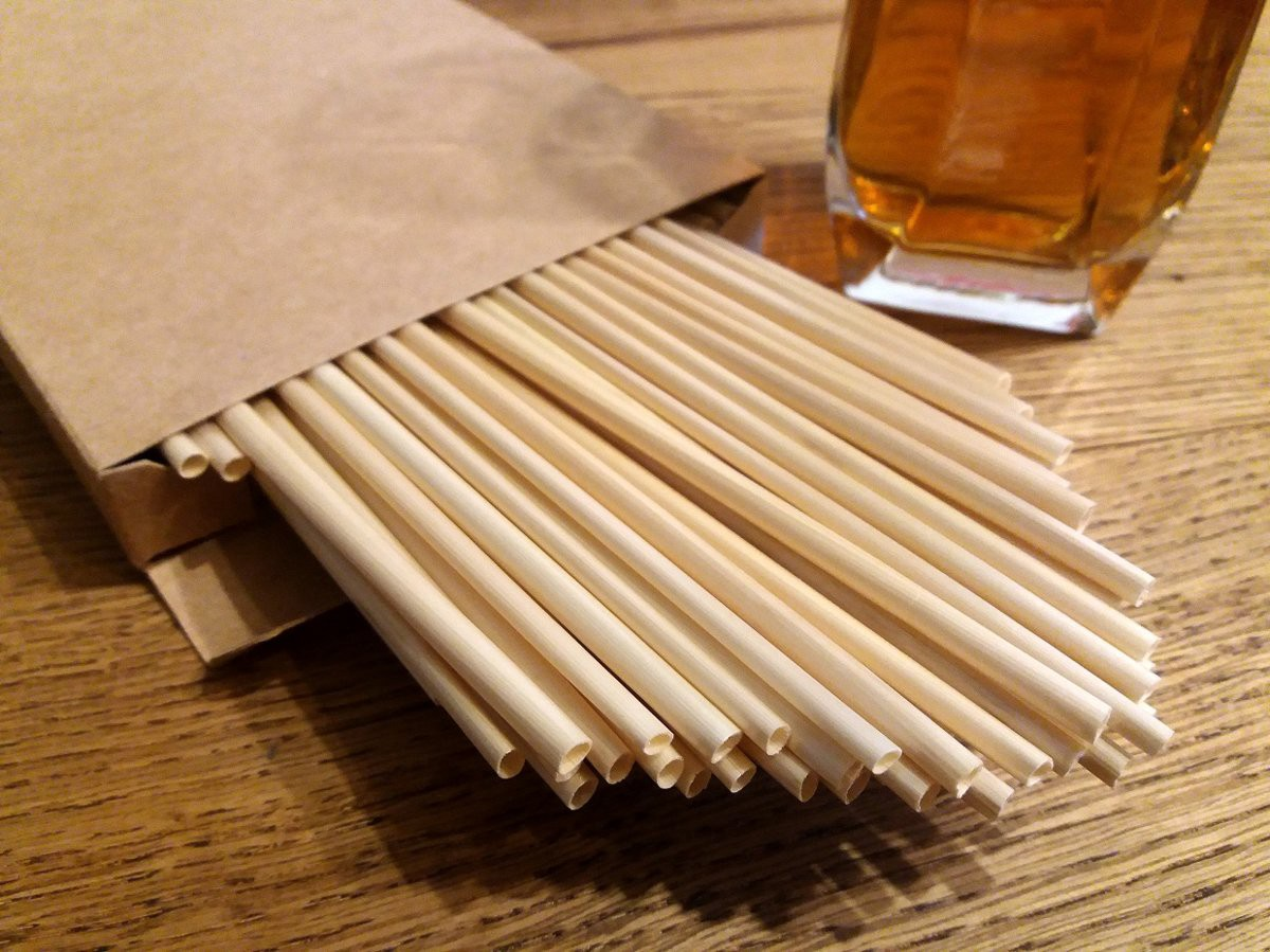 Salmini — a natural alternative to plastic drinking straws. Made in Latvia from rye.