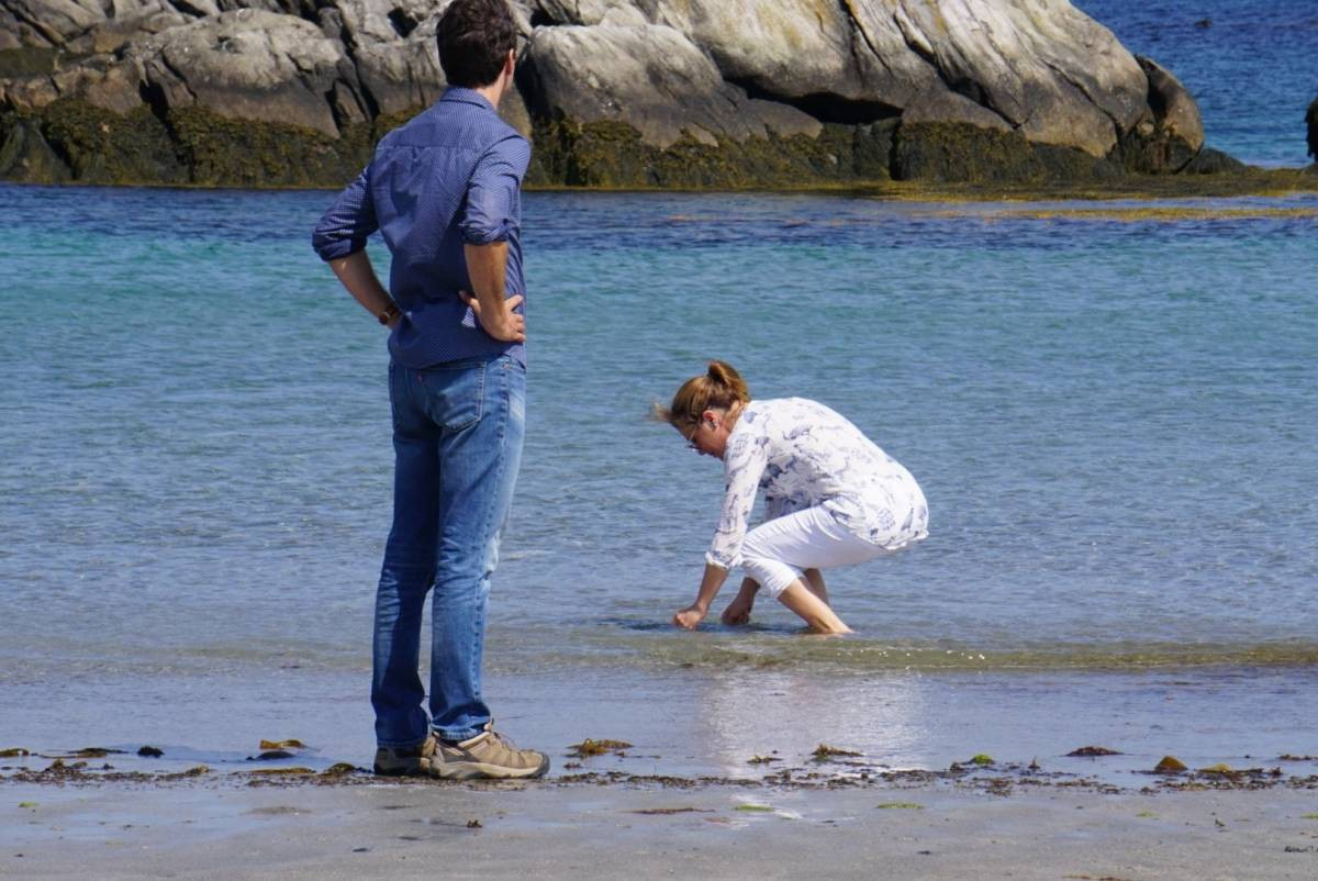 Trudea on Tofino beach with wife Sophie Gregoire Trudeau instead of honouring Indigenous people on Canada's first Truth and Reconciliation holiday. white supremacy, whiteness, white, racism, white rage, injustice.