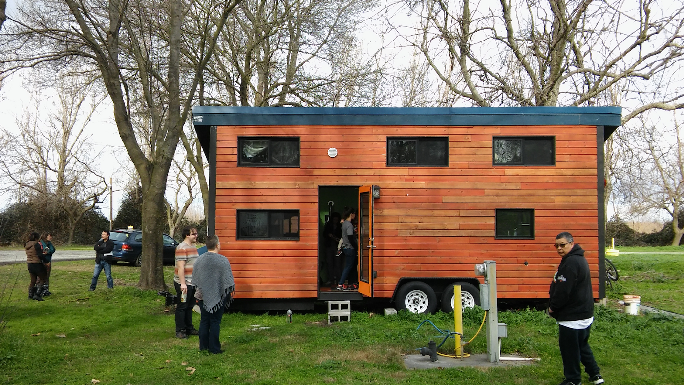 Video: What It's Like to Live in Northern California's First Tiny