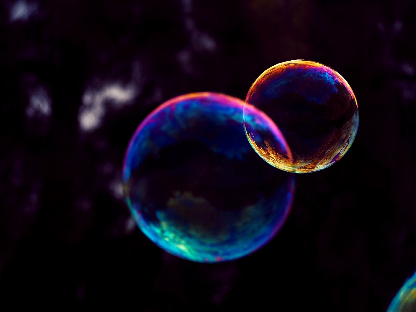 Two interconnected bubbles