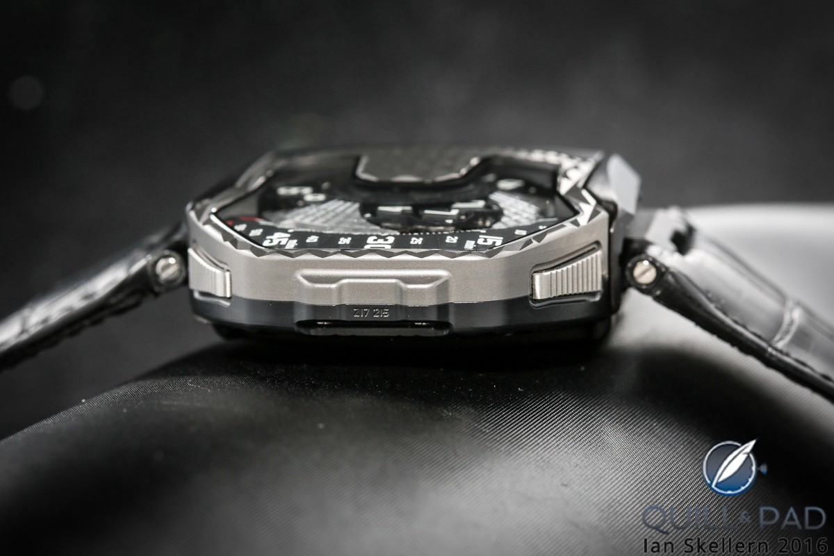 """The pushers left and right release the case of the Urwerk UR-T8 """"Transformer"""" enabling it to be reversed"""