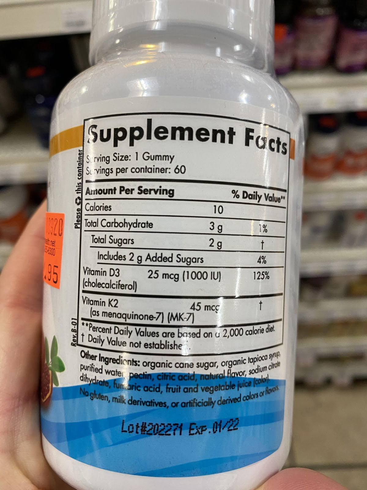 photo of the back of a bottle of gummy vitamins showing the nutrition facts