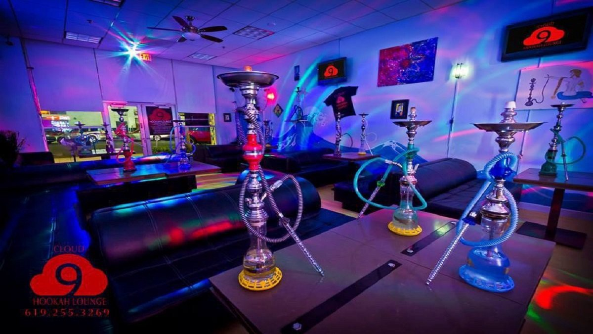 Hookah bars running Clandestinely in Jabalpur, Business flourishing under the guise of Cafe and Restaurant