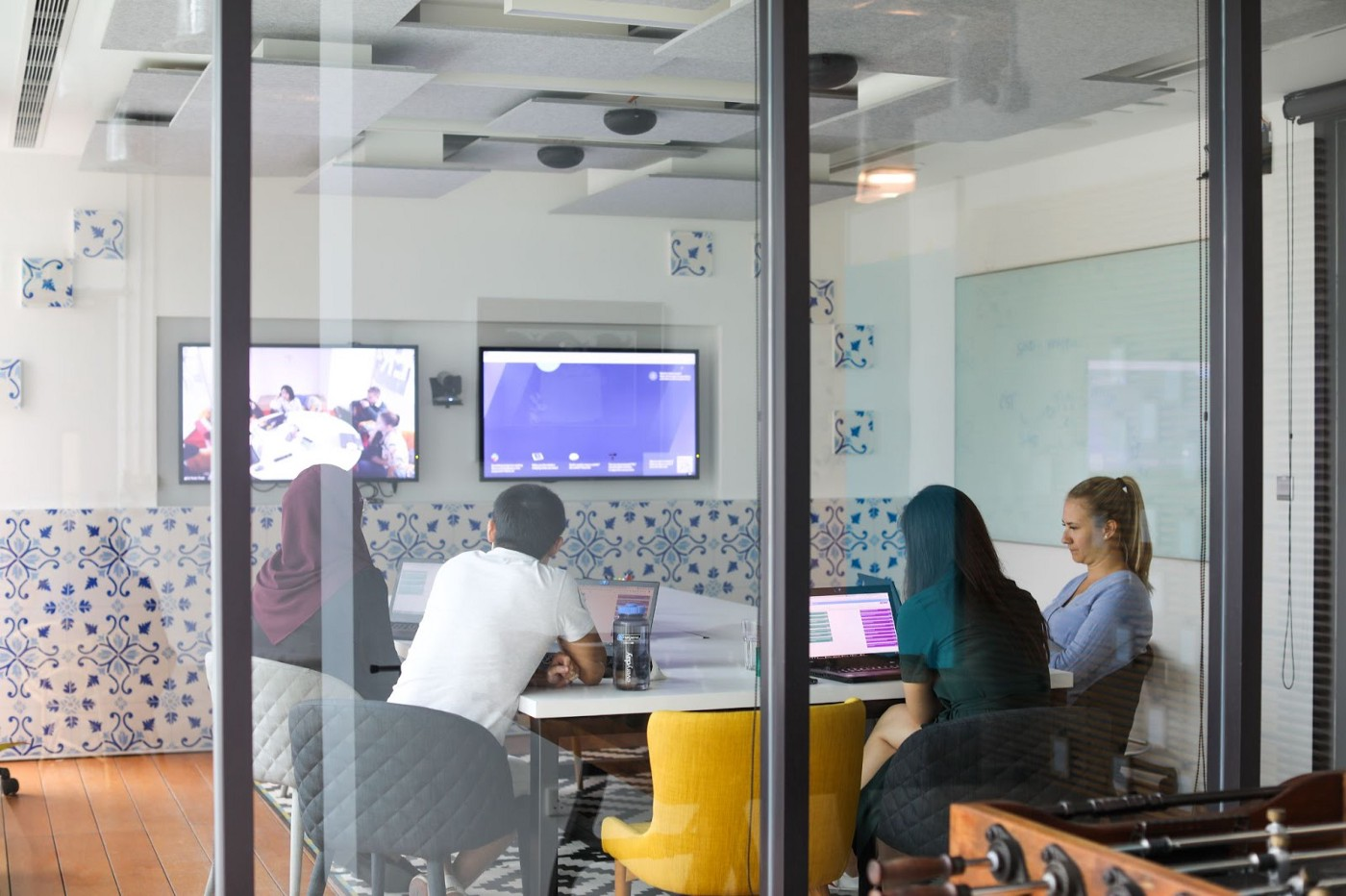 Picture of people inside a meeting room
