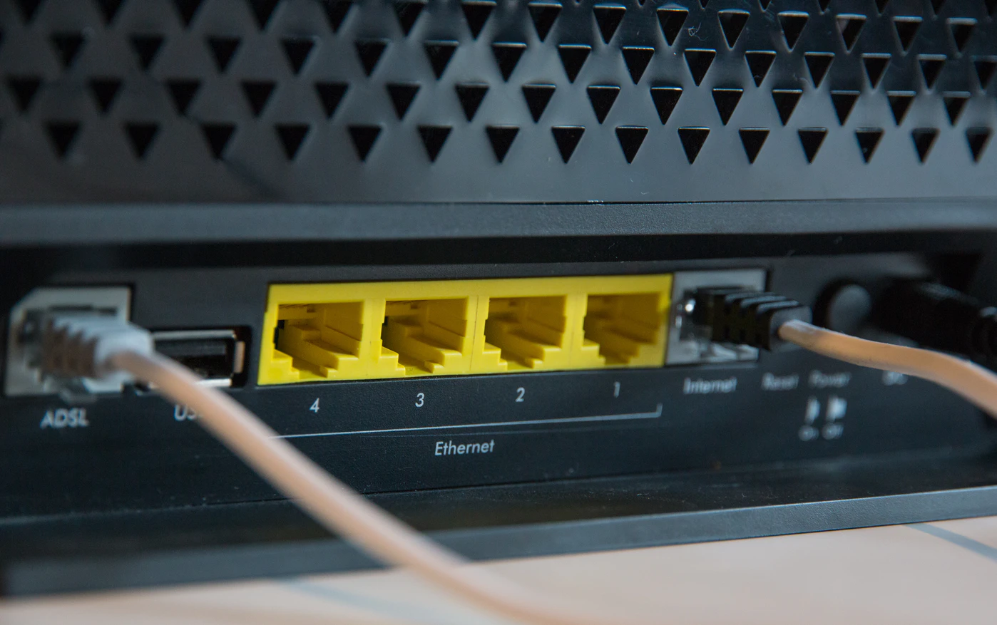 Router / Switch