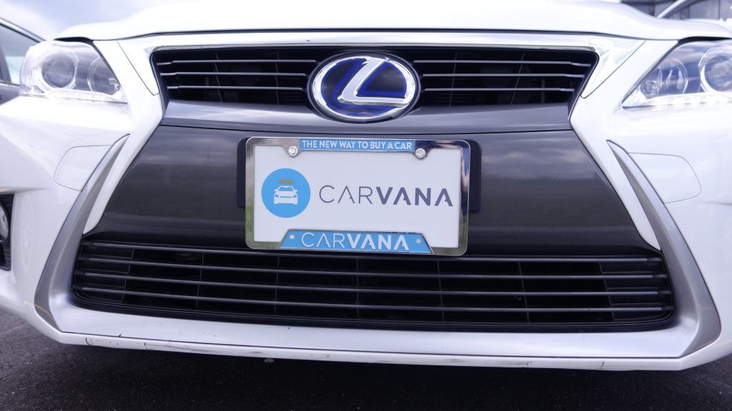 Lexus with Carvana license plate holder