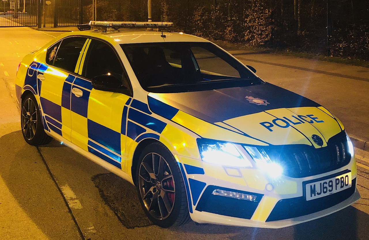The Police Car Hit A 15-Year-Old Boy, The Boy Has Serious Head Injuries