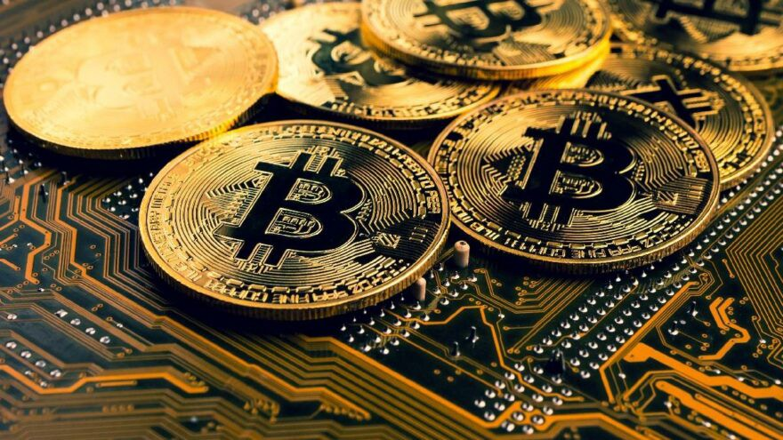 Will Bitcoin reach the value of 60 thousand dollars?
