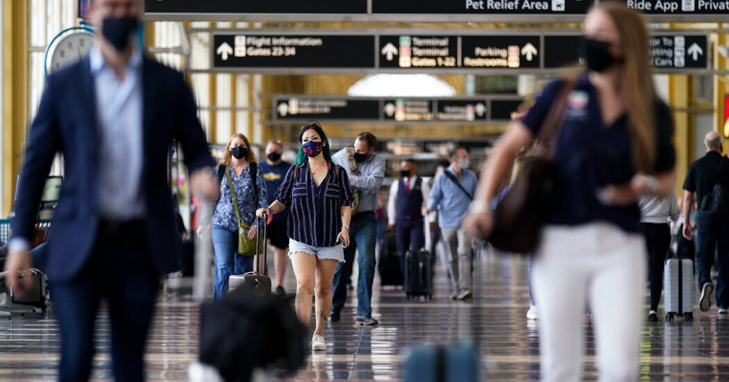 Here's how holiday-weekend travel in the U.S. will be different from 2020.
