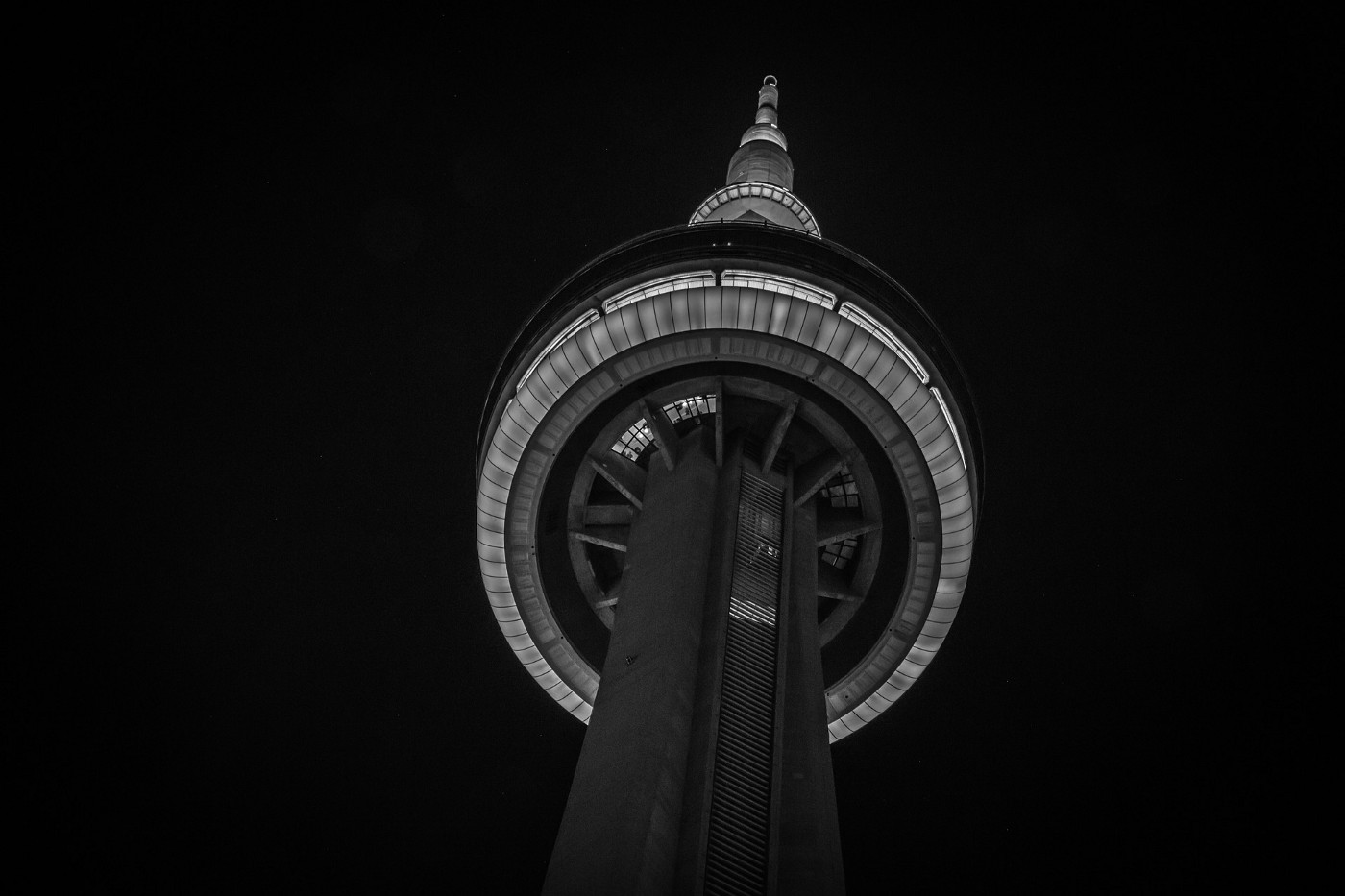 Image of CN Tower in Toronto, Canada.