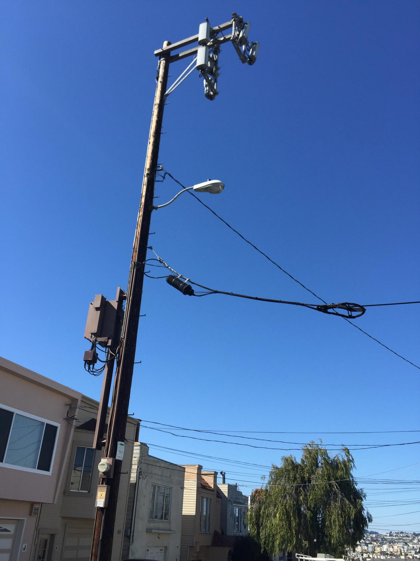 Part 4 | Design Tips for Small Cells Based on Pole or Location Type