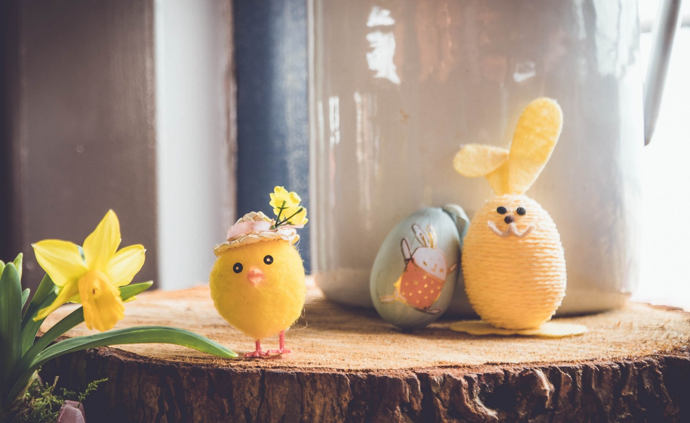Cute easter toys: toy chicken, plushy rabbit and a painted egg