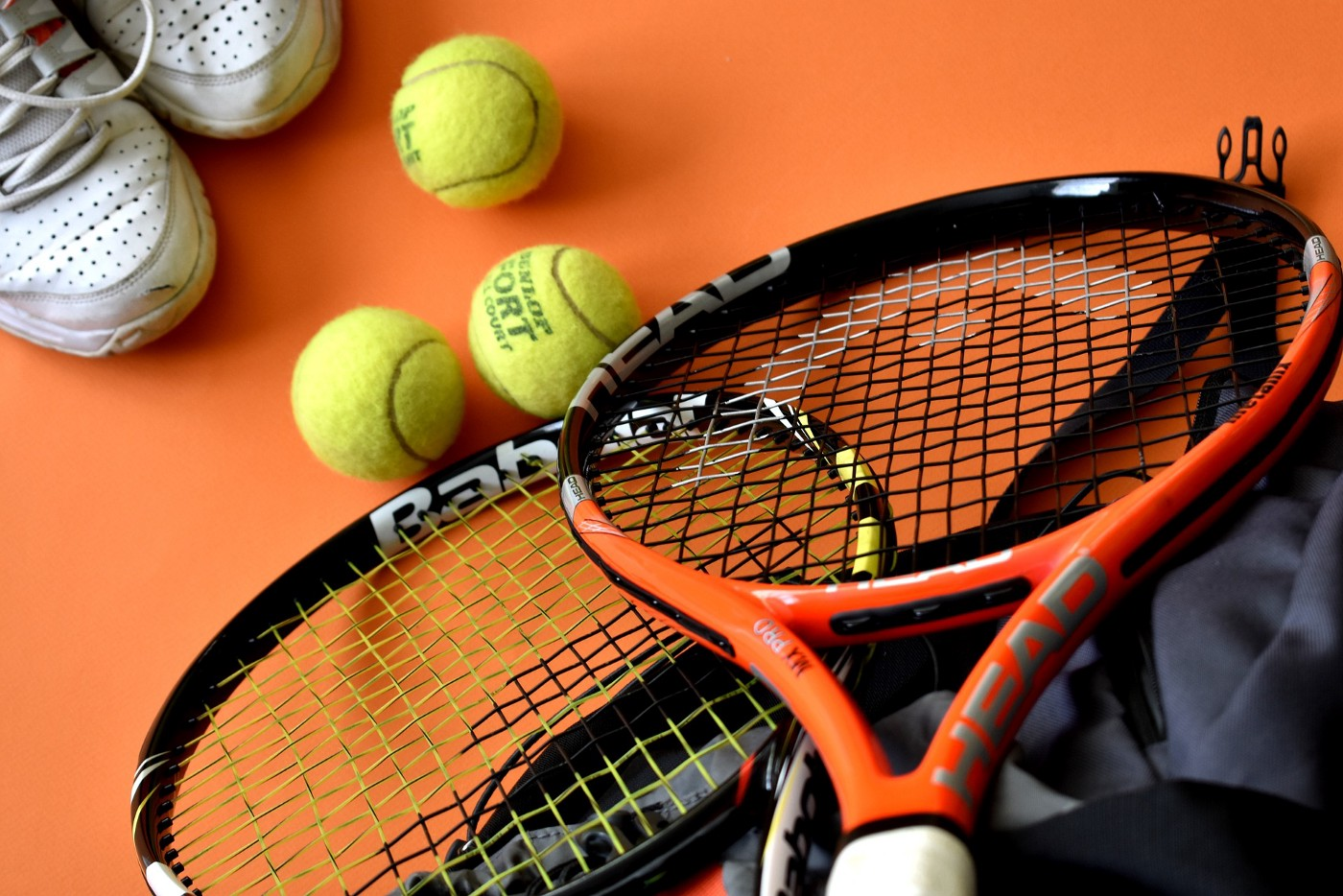 Improve tennis rating system based on Glicko-2 system