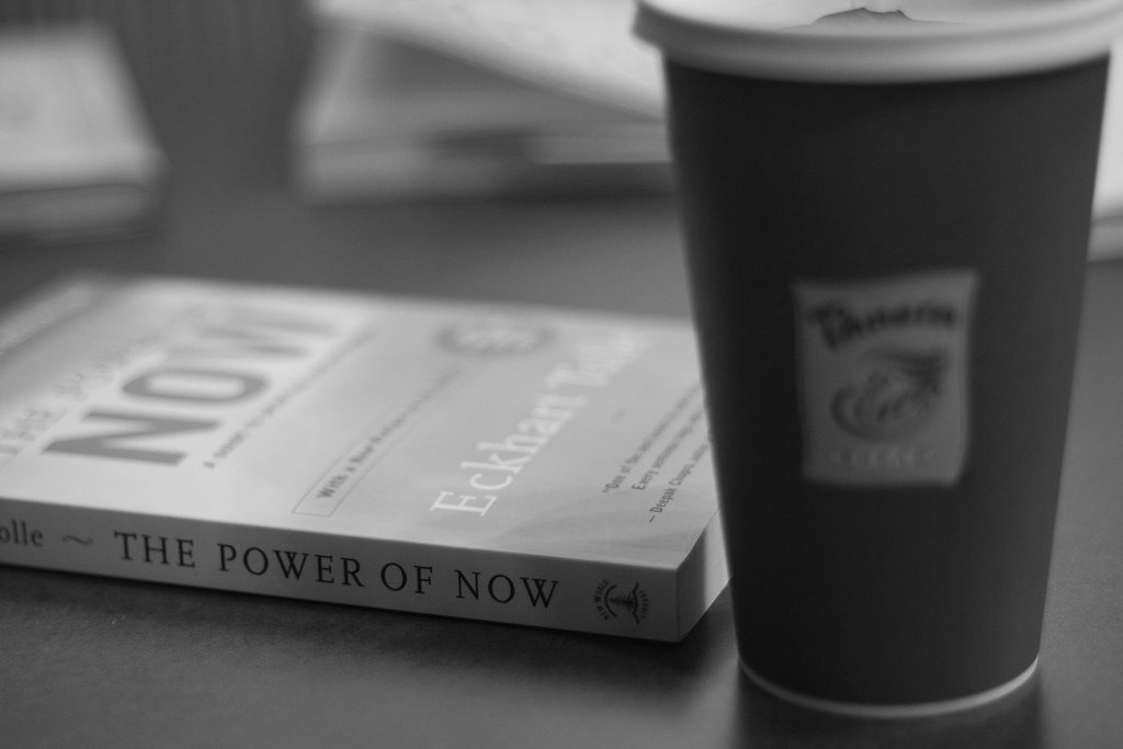 list of books to read—a B&W image of the book and a drink