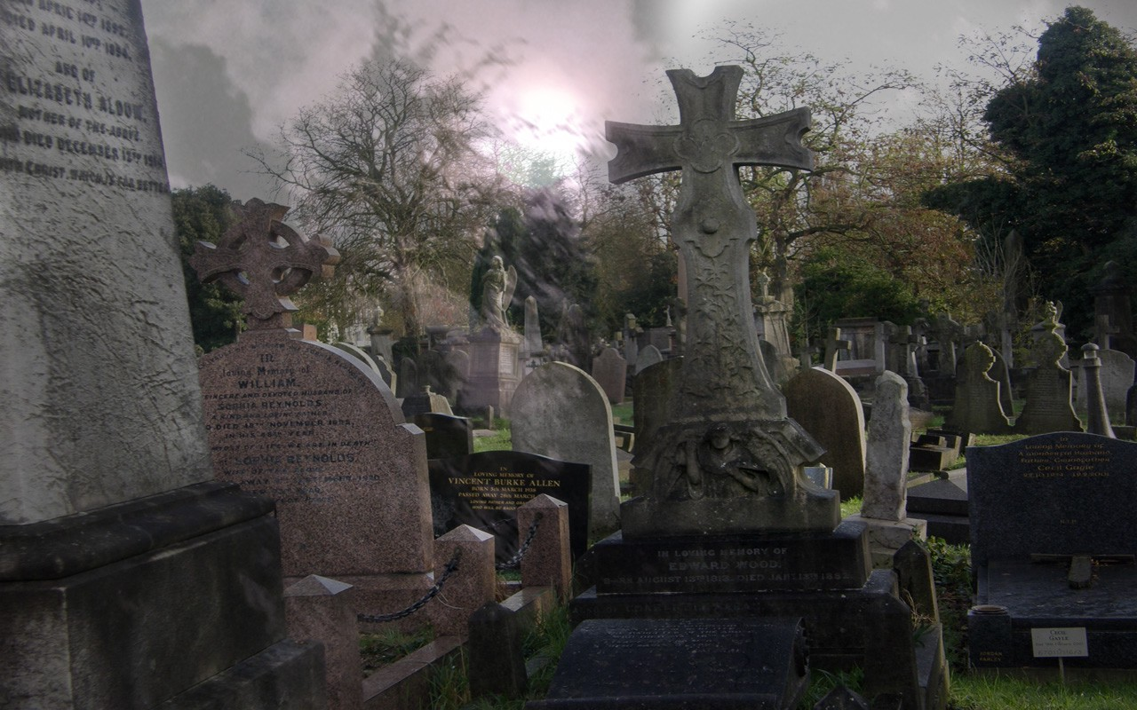 Some graves at Kensal Green, the famous English cemetary