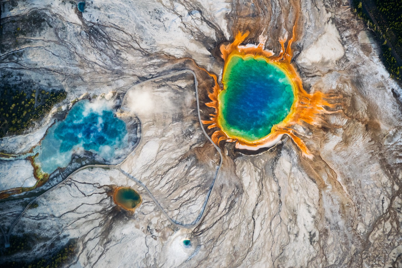 The hot pools of Yellowstone, a National Park with a supervolcano beneath it