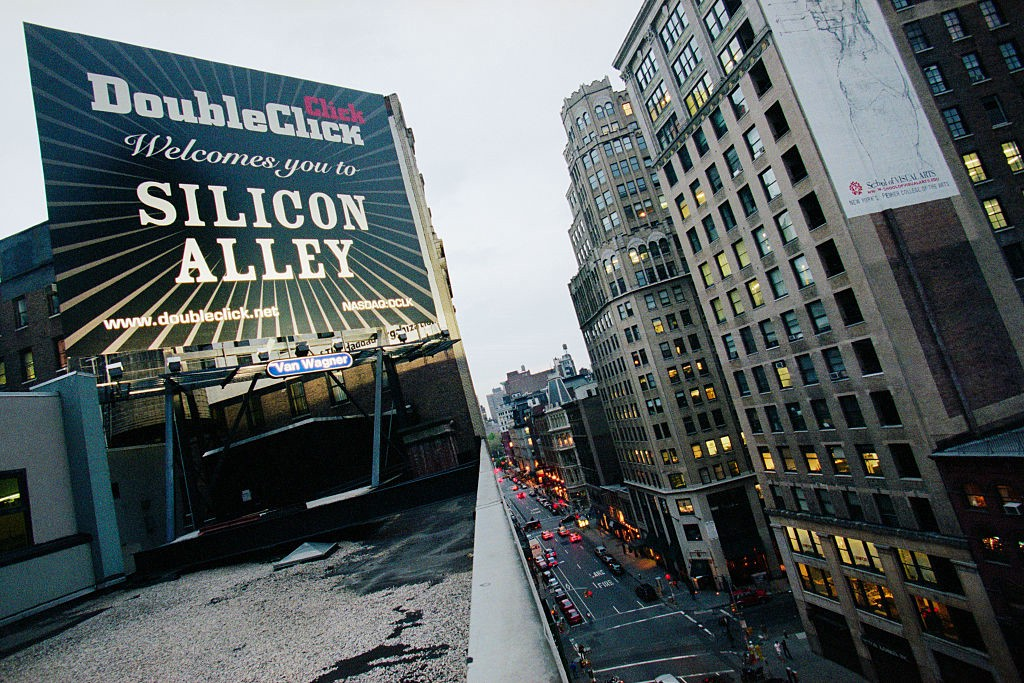 "Street view of New York City featuring a billboard that reads ""DoubleClick Welcomes you to SILICON ALLEY."""