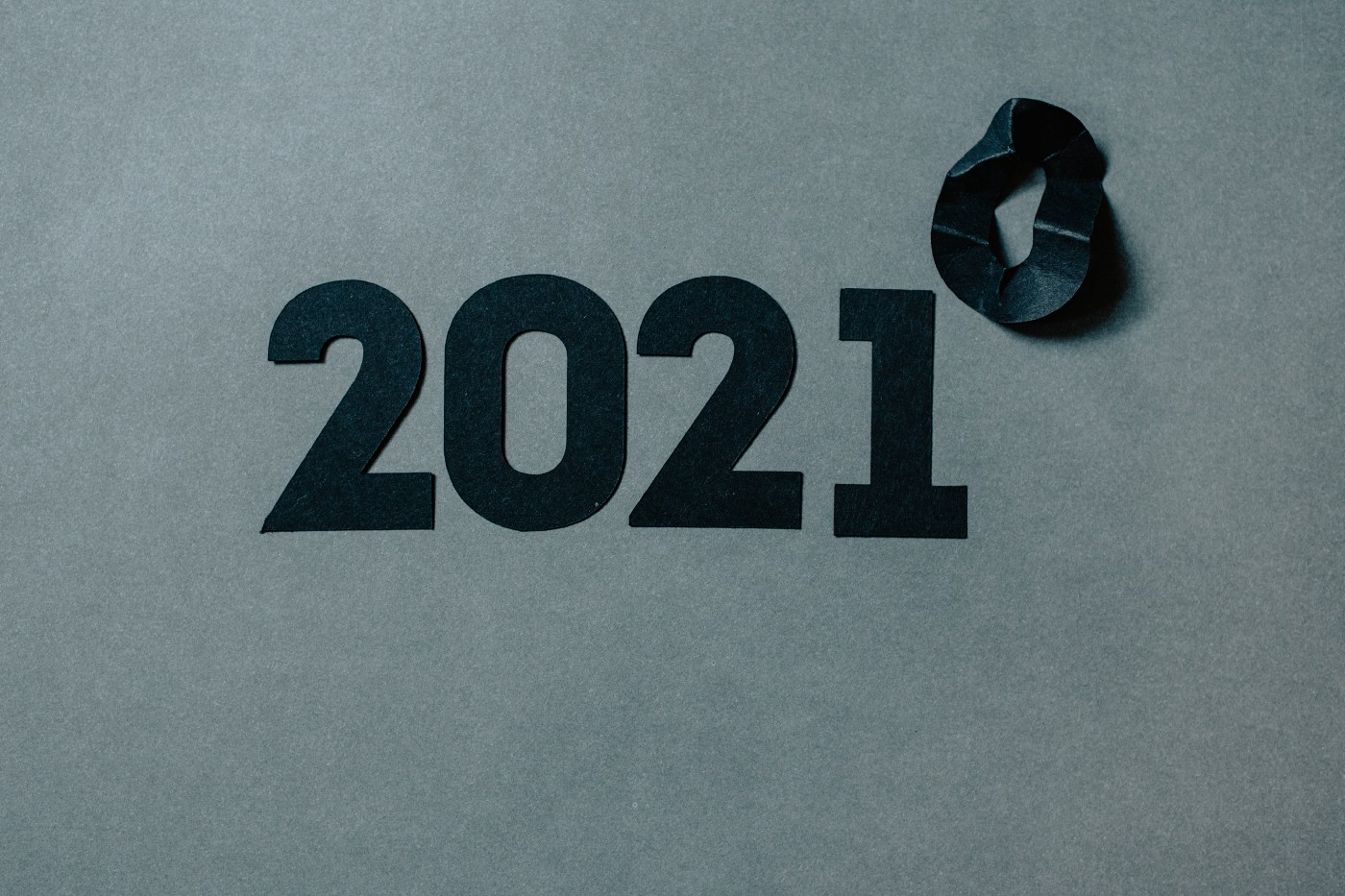 """""""2021"""" sign"""