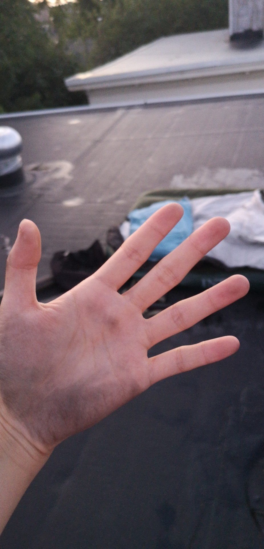 My hand was dirty from touching the rooftop, and I only realized it in the morning.