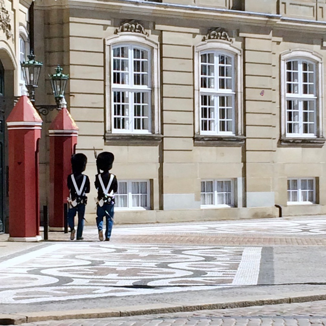 Sentry boxes and guards at Amalienberg Copenhagen