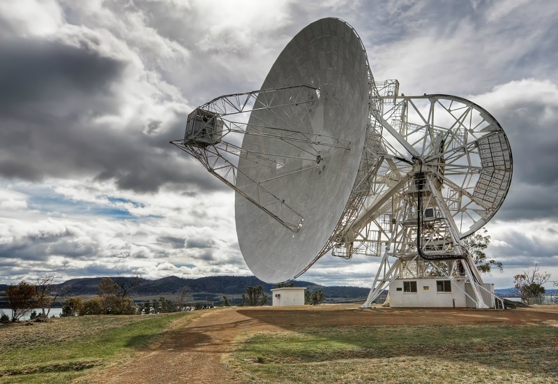 Strange Signal is Emitting from the Milky Way
