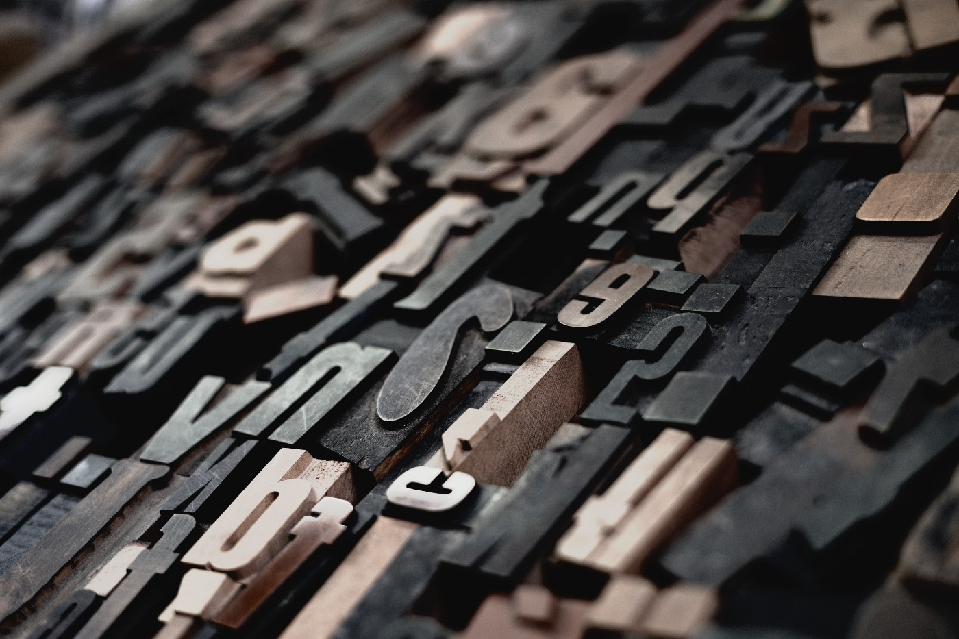Different types of font for typesetting.